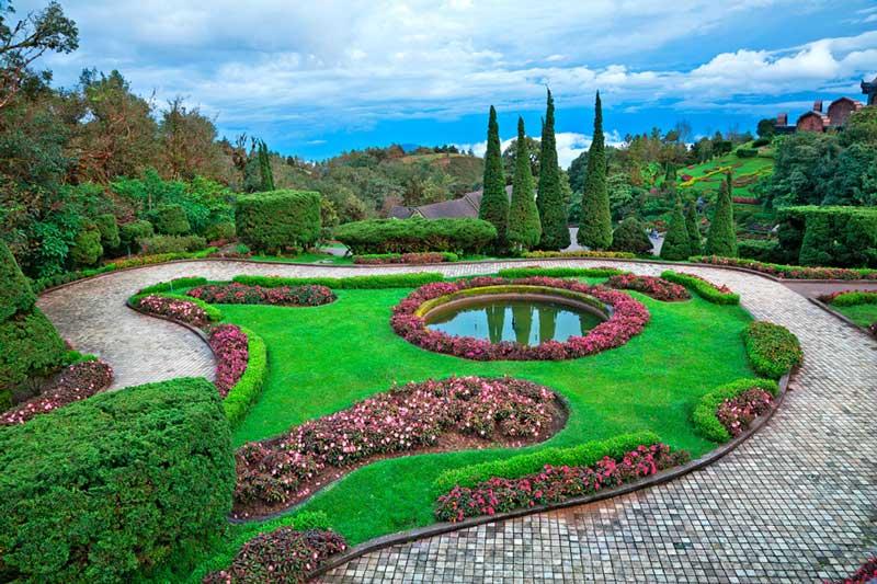 Merveilleux ... Big Gardens Ideas 2