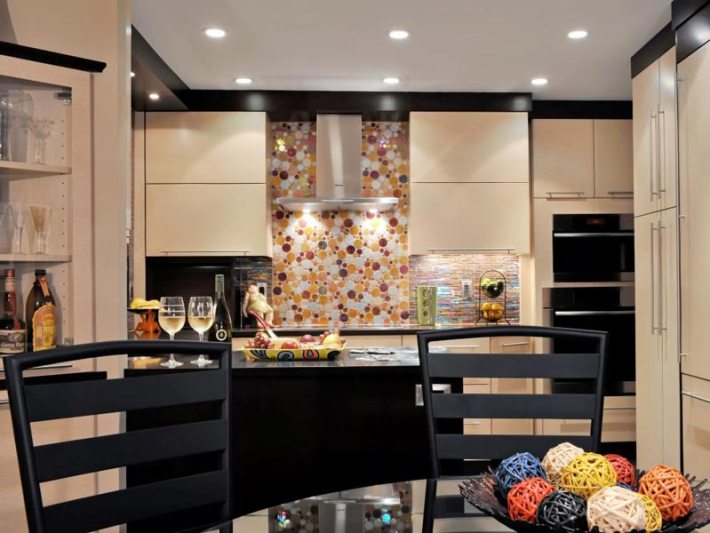 Kitchen-Decorating-Color-Ideas-and-Pictures-9