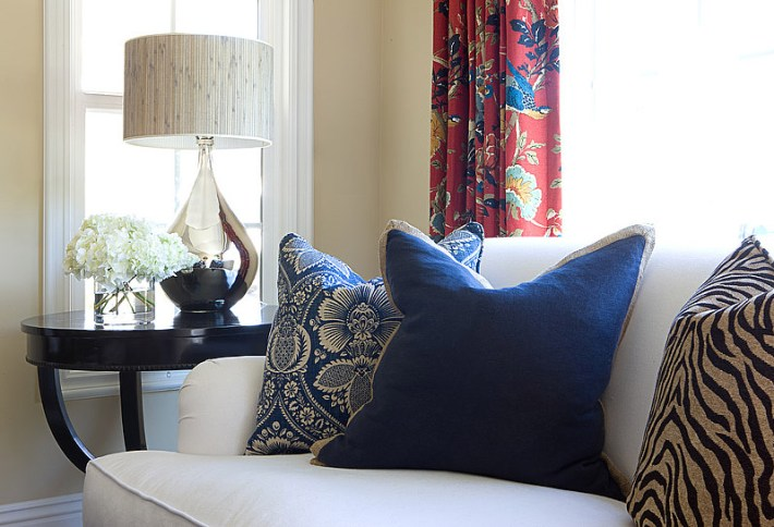 Living Room: 5 Accent Pieces You Must Have