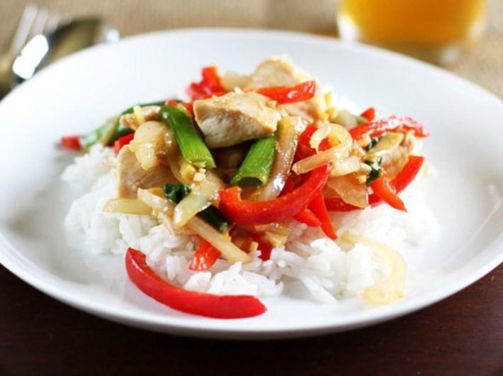 Quiet cornerthai ginger chicken stir fry quiet corner thai ginger chicken stir fry forumfinder Image collections