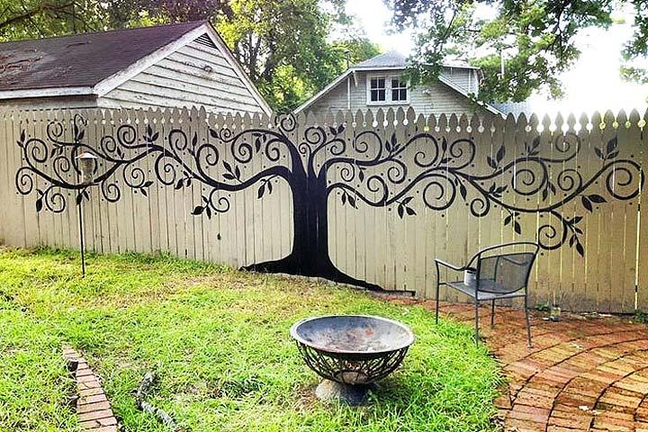 Fantastic Backyard Fences - Quiet Corner