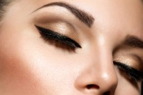 How to Pick the Best Eyeliner for Your Eye Color