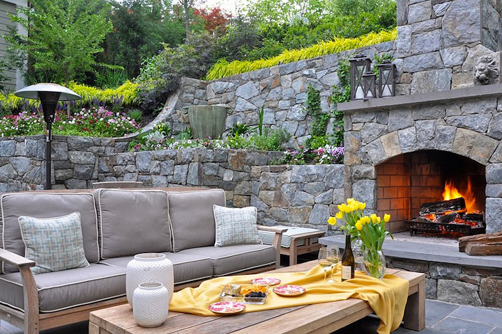 Creating Charming Hideaway - Small Backyard Ideas - Quiet Corner