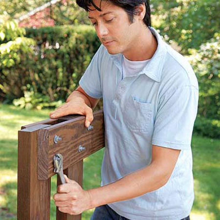 DIY – Build a Tree Bench