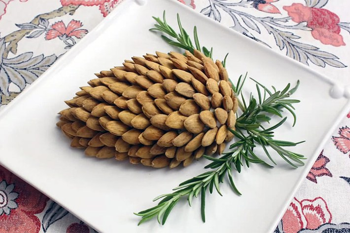 Pine Cone Cheese Ball - Video Recipe