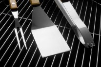 Barbecue Cleaning Tips: How to Clean a Gas BBQ