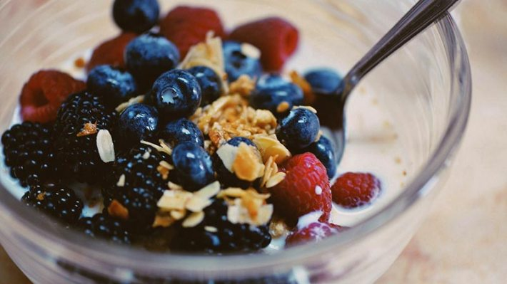 10 Healthy Foods You Can Add to Your Morning Oatmeal