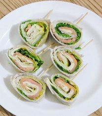 Thanksgiving Roll Ups Recipe