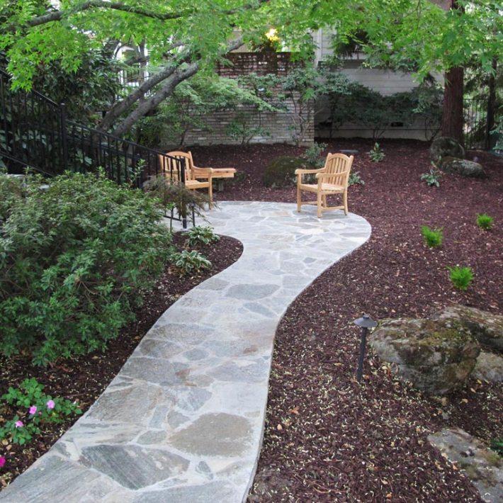 Garden Walkways Tips and Ideas