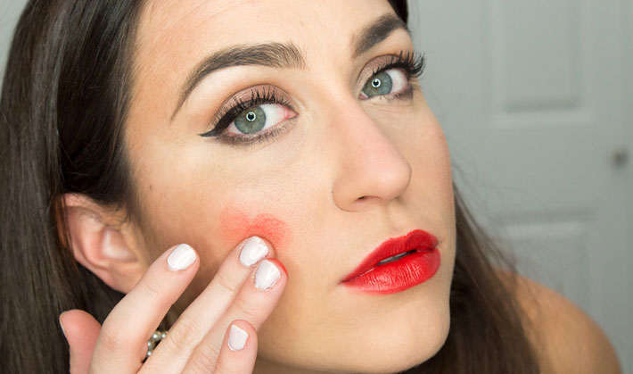 7 Brilliant Lipstick Tricks