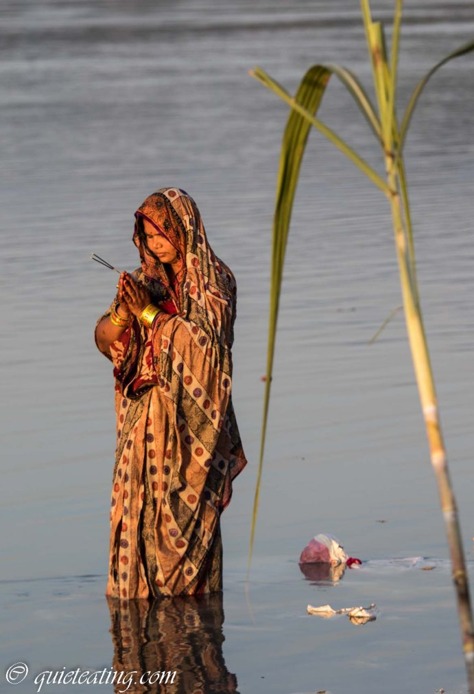 At the bottom we then took a taxi to Chitwan, just in time to see the closing stages of the Chhath festival