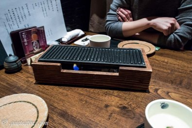 Warming grill for yakitori