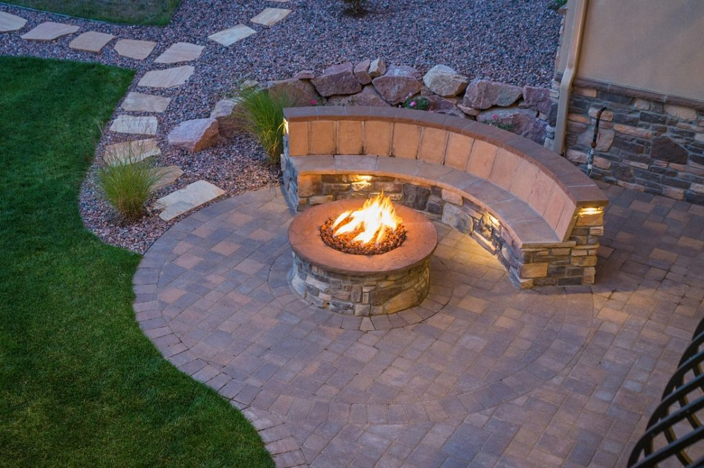 how much does a new patio cost to build