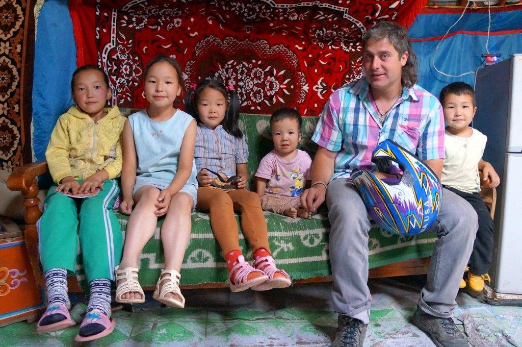 Alvaro Saiz Ruiz en Mongolia. Fuente: Blog de www.aliciasornosa.com