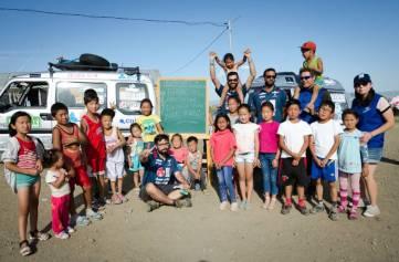Con los niños de Nalaikh (afueras de Ulan Bator) (Personalizado)