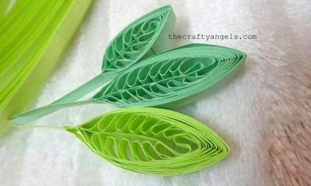 Using a Comb to Make a Paper Quilled Leaf