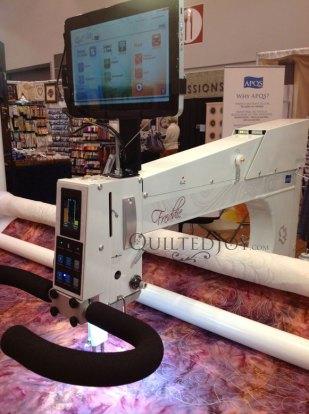 APQS Freedom or Freddie Long arm Machine