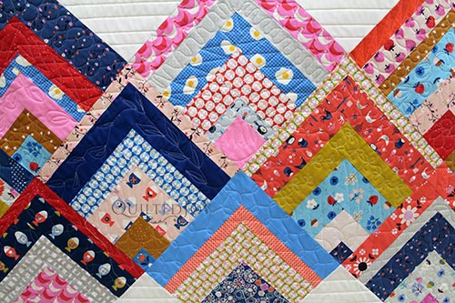 Rinse and Repeat Quilt by HouseonHillRoad.com with straight line quilting and free motion quilting