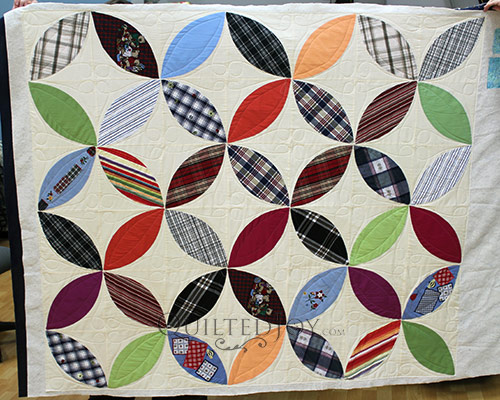 Valerie's Orange Peel Quilt after longarm quilting at Quilted Joy