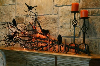 fireplace decor-holiday ideas-halloween-quinju.com