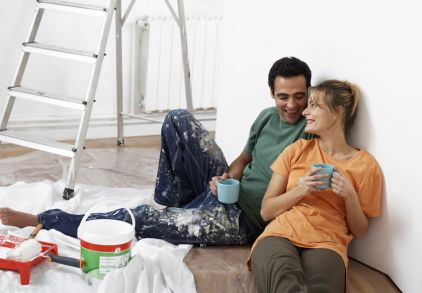 couple enjoying company during renovation or remodel