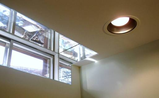 Natural light-basement windows-mirrors-quinjucom