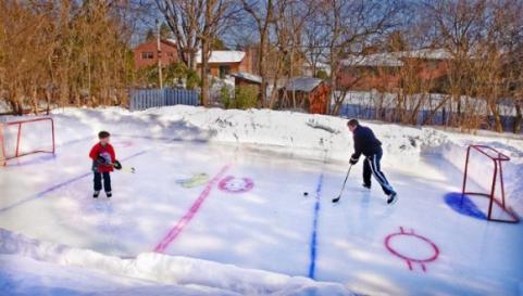 backyard skating rinks - keep kids active and happy - quinju.com