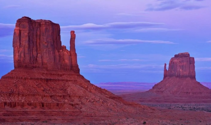 Monument Valley Sunset