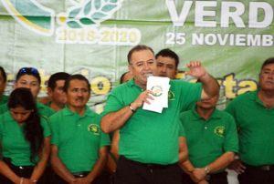 En Cancún Erasmo Abelar nuevo dirigente de taxistas