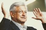 AMLO se registra como precandidato de Morena a la Presidencia de la República Mexicana