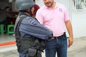 La Policía de Cancún debe brillar igual que el destino turístico: @issac_janix)
