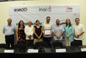@Ieqroo e @Idaipqroo organizan conferencia magistral «La Transparencia como valor de la #democraciaelectoral «
