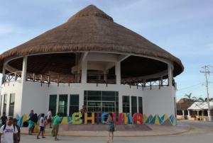 Inauguran parador turístico en el puerto de Chiquilá