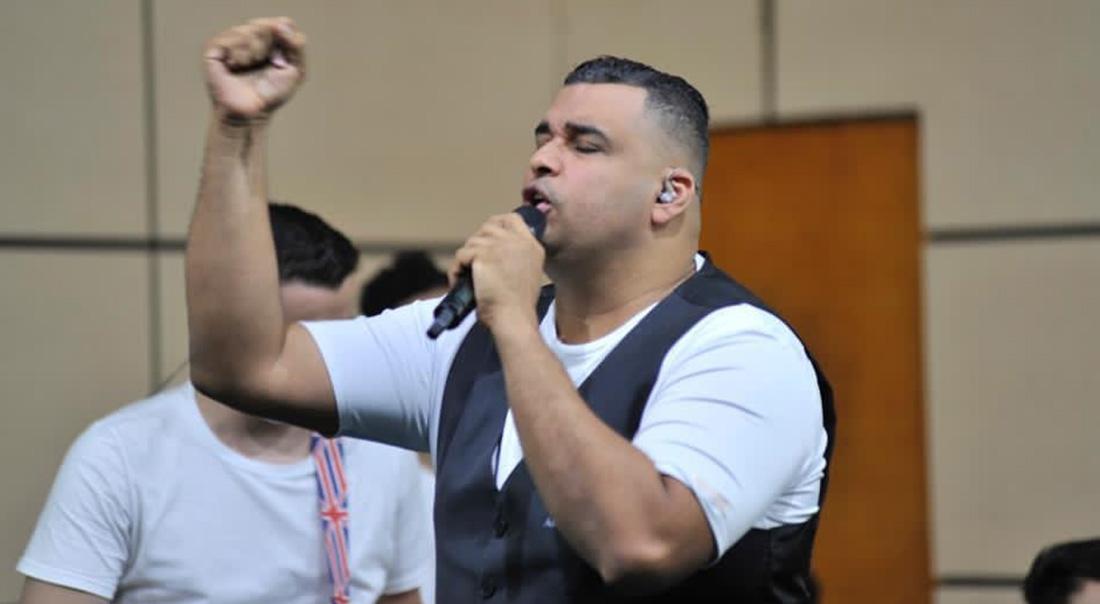 Rolando Ochoa abrió su acordeón para Dios