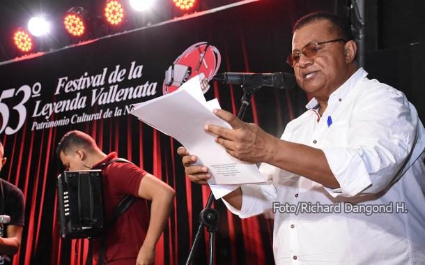 Adiós al caballero del periodismo: William Rosado fue sepultado en Valencia de Jesús