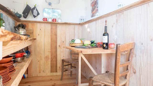 kitchen cachette