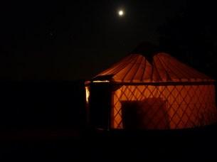 le grand abris by night