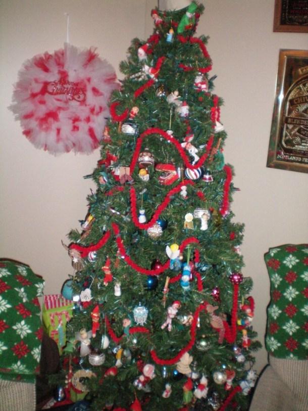 Vintage Ornament Christmas Tree 2