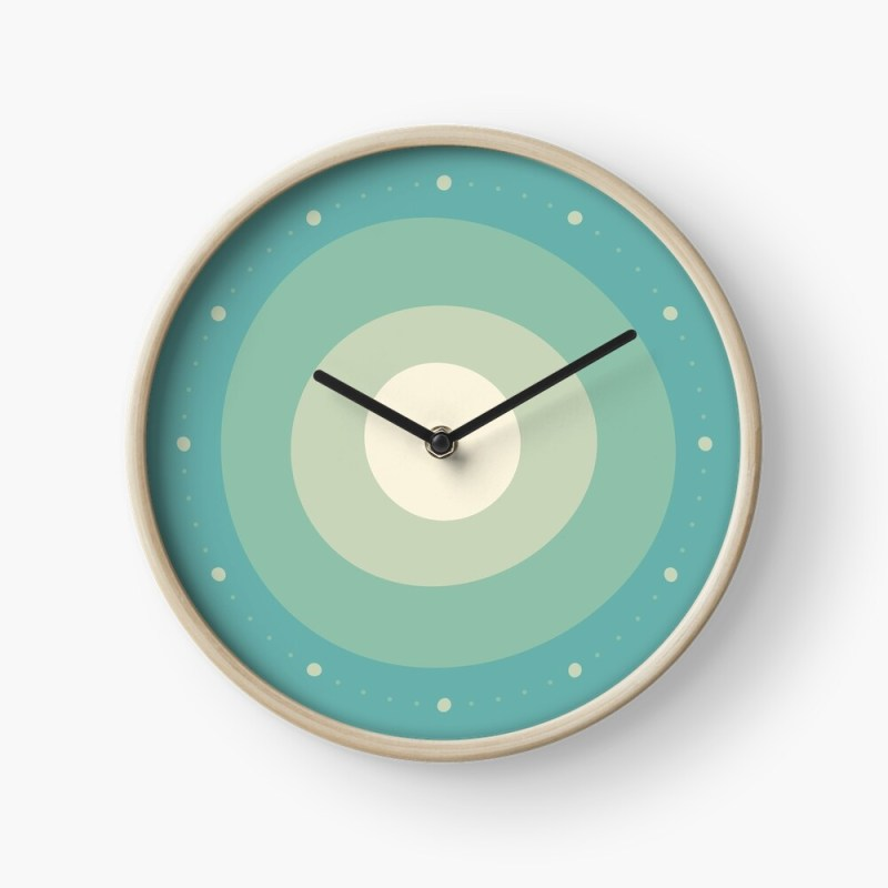 Loose circles green clock