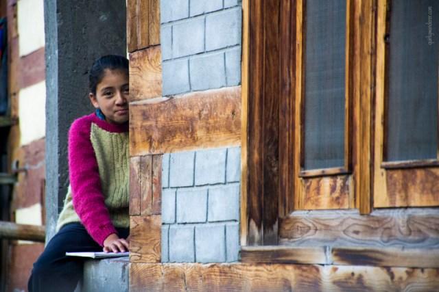 kinnauri-girl-batseri-village-sangla