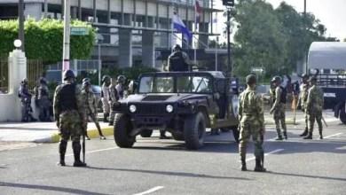 Photo of Congreso Nacional de RD amanece militarizado en medio de manifestaciones antireelección (Video)