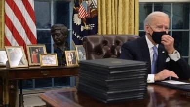 Photo of Biden ordena acelerar cheques de estímulo y aumento en cupones de alimentos