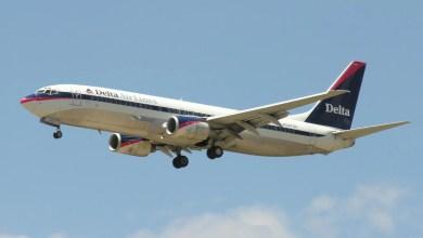 Photo of Pasajero intenta abrir puerta de avión en pleno vuelo (Video)