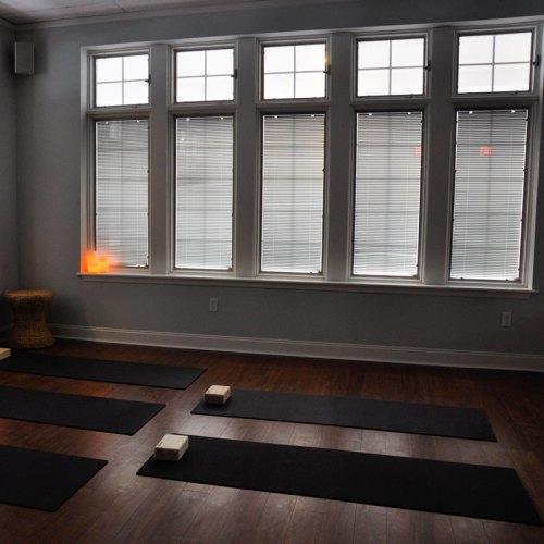 Yoga Studio Web Design - Creative Service Agency - Portfolio - Barre & Soul - By Quiver Creative