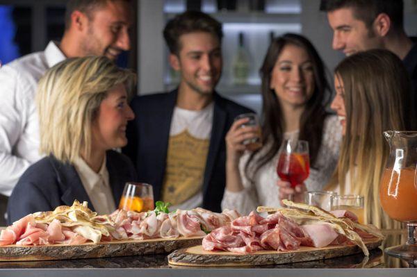 pesco-vienna-aperitivo-cibo-italiano-ristorante-bar
