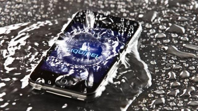 celular-agua