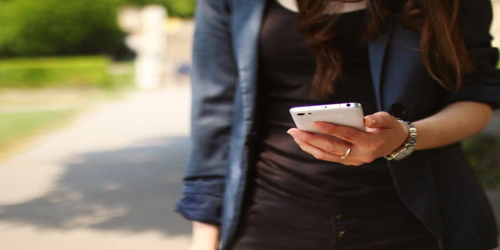 ¿Cómo bloquear un número telefónico en tu celular?