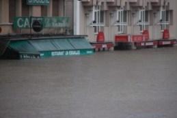 380979-lourdes-floods