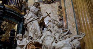 "skulptura ""Trijumf vjere nad herezom"": Marija izgoni M. Luthera i J. Hussa iz Raja, Isusovačka crkva Il Gesù u Rimu"