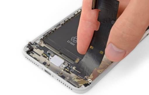 Sửa iphone xs max không sạc được tại Nha Trang 1
